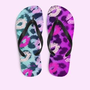 Dream Kiss Slippers or Flip-flops